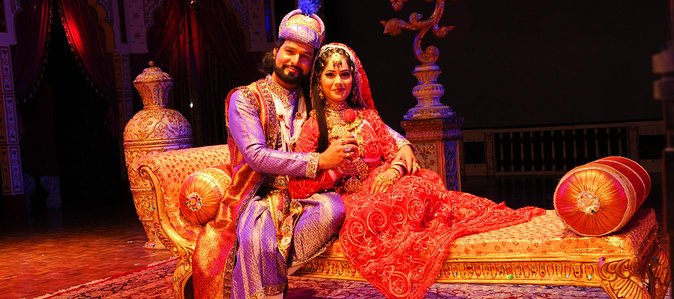 Skip The Line: Mohabbat the Taj Show with E-Tickets & Transfers