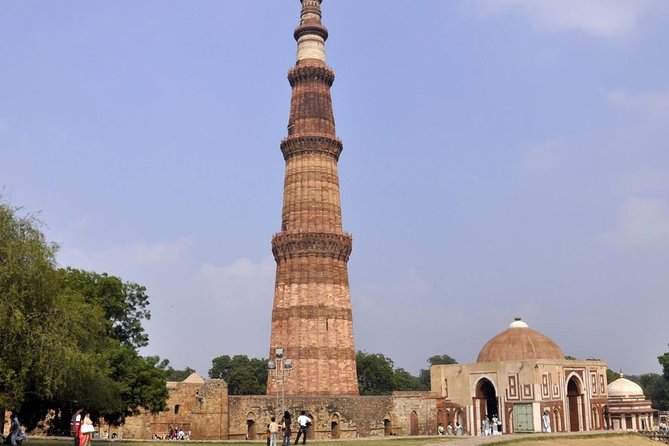 Private Transfers Agra To New Delhi Drop