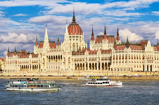 Visita a la ciudad de Budapest de día completo semiprivada con almuerzo y crucero
