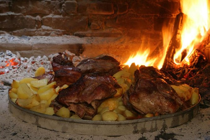 Croatian Traditional Cuisine: Peka Cooking Lesson