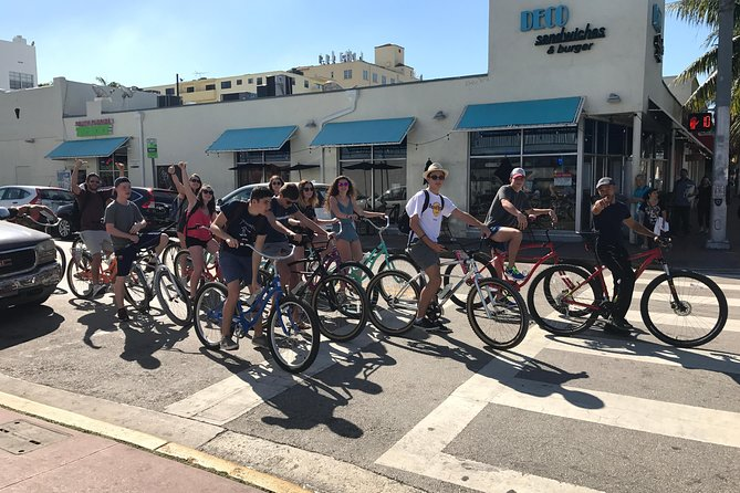 Small-Group Tour: South Beach by Bicycle