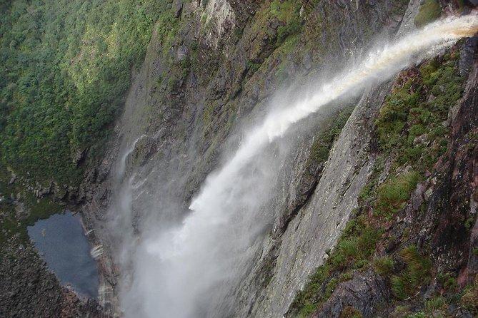 Day Trip to Fumaça Waterfall
