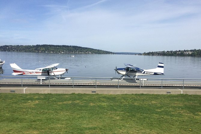 Mt Rainier Seaplane Tour Departing from Lake Washington