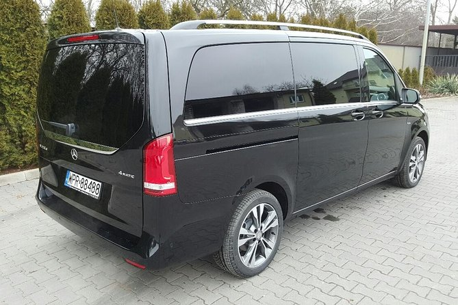 Warsaw Luxury Transport by Minivan Airport to City Center or City Center to the Airport