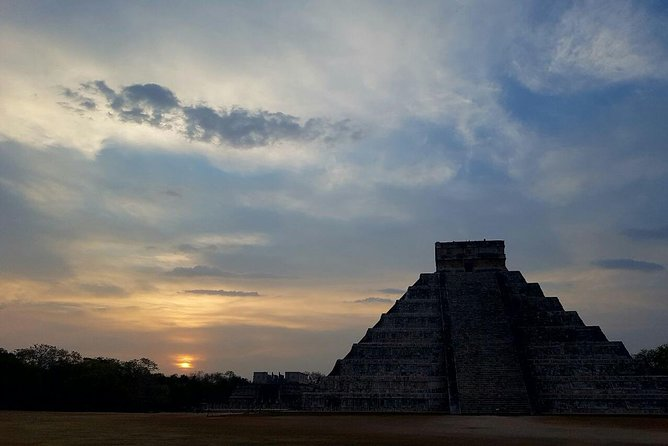 The Sunrise of Kukulcan: Chichen Itza at Dawn with Cenote Swimming