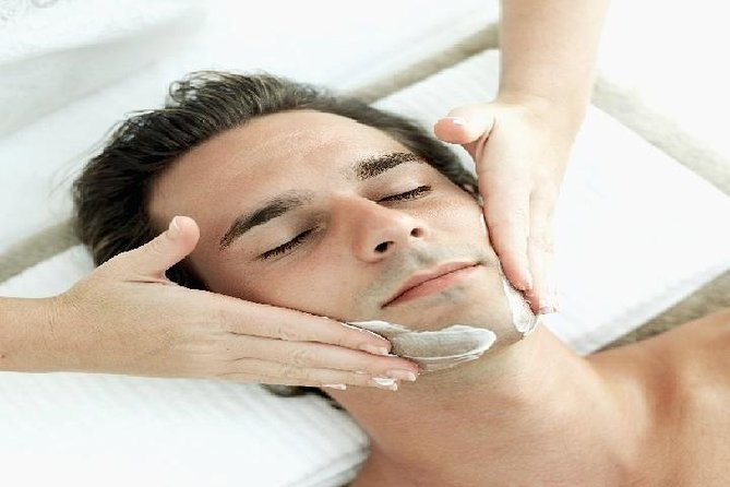1-Hour Men's Facial Hydrating Treatment in Taipei