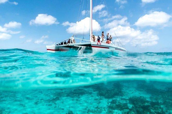 Cruzeiro em Catalina Bay e Cruzeiro com Snorkel em Antilla Shipwreck