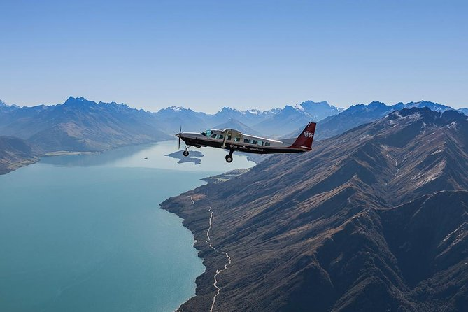 Full-Day Milford Sound Flight, Cruise and Jet Boat Tour from Queenstown