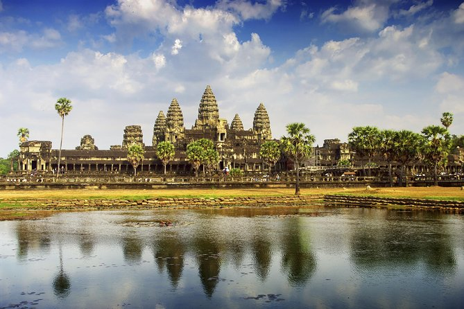 Full-Day Private Angkor Wat Tour Including Khmer Massage photo 2