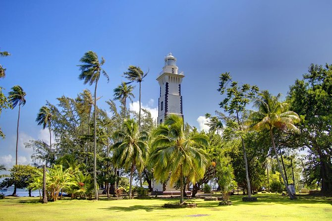 Tahiti Island Tour Including Venus Point, Taharaa View Point and Vaipahi Gardens