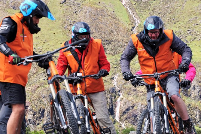 4-Day Machu Picchu with Biking, Rafting, Ziplining from Cusco