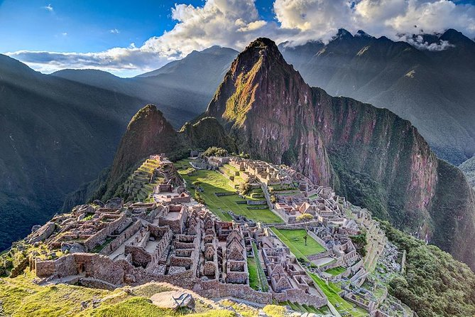 Tur till Machu Picchu med buss med övernattning