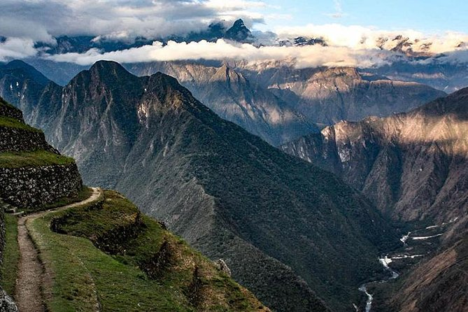 2-Day Sacred Valley of the Incas Tour and Machu Picchu from Cusco