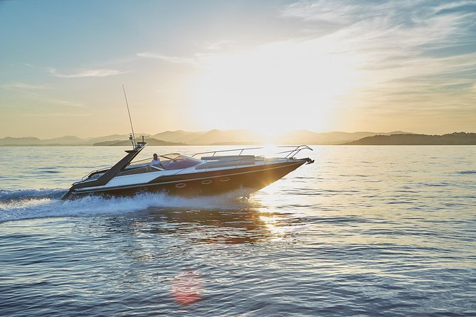 Ibiza Private Speedboat with Personal Skipper and Drinks
