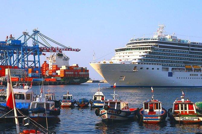 San Antonio Port Cruise & Tour to Valparaiso and Casablanca Valley from Santiago