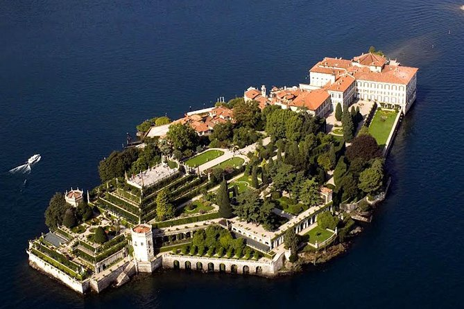 Sightseeing tour of Lake Maggiore from Stresa