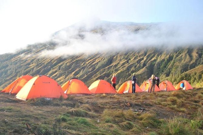 2-Day Mt Rinjani Volcano Trekking Tour from Lombok