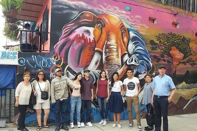 Grafitti and Comuna 13 Tour of Medellin