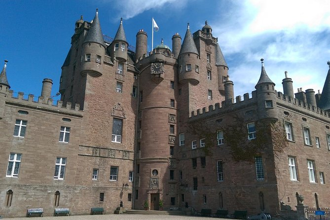 Glamis Castle and Bonnie Dundee Tour from St Andrews