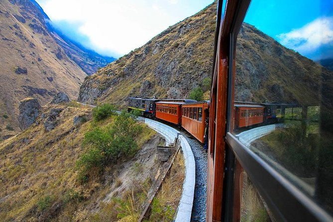 Nariz del Diablo Train tour with Small Group