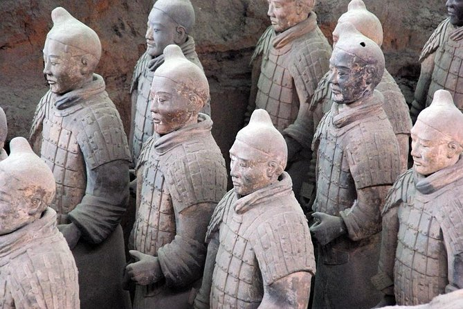 Terracotta Warriors Museum Tour with Airport Pickup or Drop-off Transfer