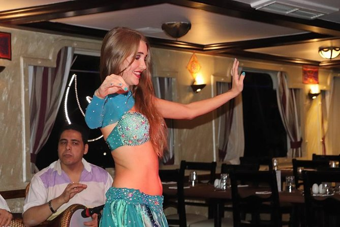 Private Nile Cruise with Dinner and Folk Show from Cairo