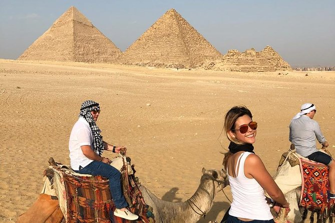 pyramids giza ,sphinx and camel ride from cairo giza hotels