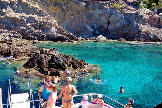 Mallorca Beaches Day Tour by Boat