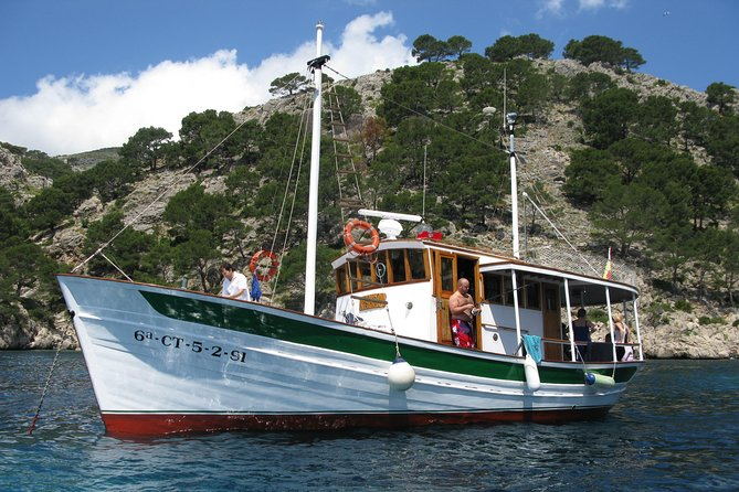 Traditional Boat Sailing Tour from Port of Pollensa