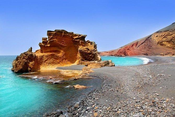 Visit to Timanfaya, Green Lagoon and La Geria