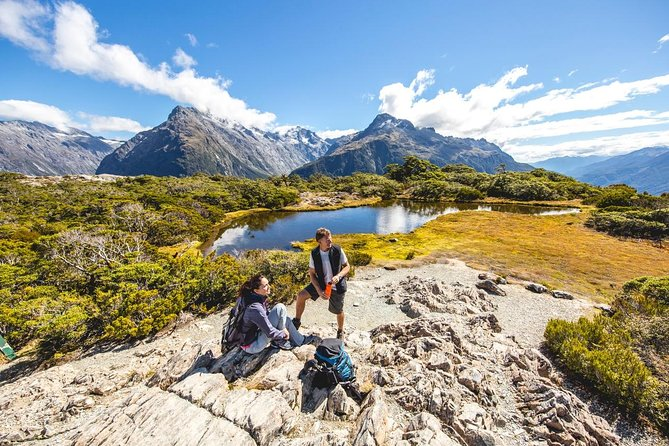 Routeburn Track Day Hike from Queenstown (Privately Guided)
