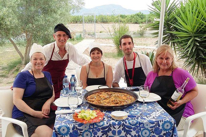 Paella and Sangria Workshop in Valencia