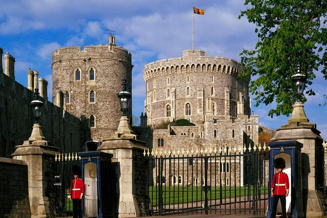 Private Transfer : Southampton Cruise Port to London Via Windsor Castle