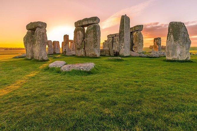 Private Transfer: Southampton Cruise Port to Central London Via Stonehenge