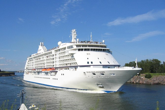 London to Southampton Cruise Port One Way or Round Trip Private Transfer