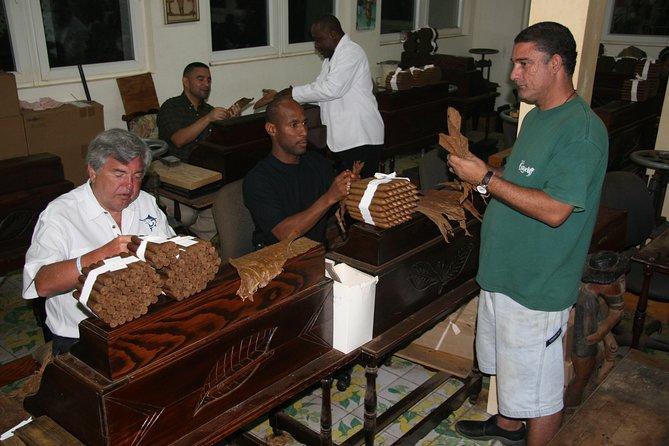 Cigar Rolling Lesson at Graycliff Cigar Company