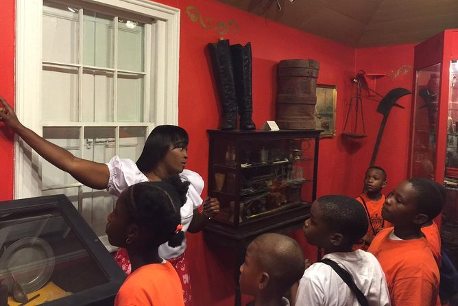 Heritage Museum of The Bahamas Nassau Guided Tour