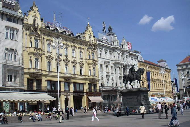 Private Transfer from Zadar to Zagreb Flat rate up to 6 people
