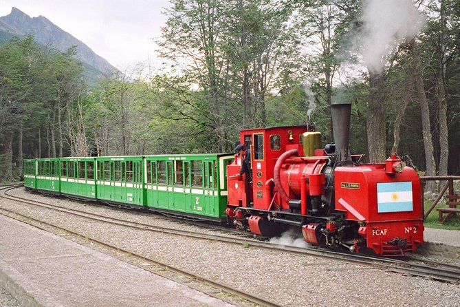 Combinatie van Tierra del Fuego en Beagle Channel per trein en boot