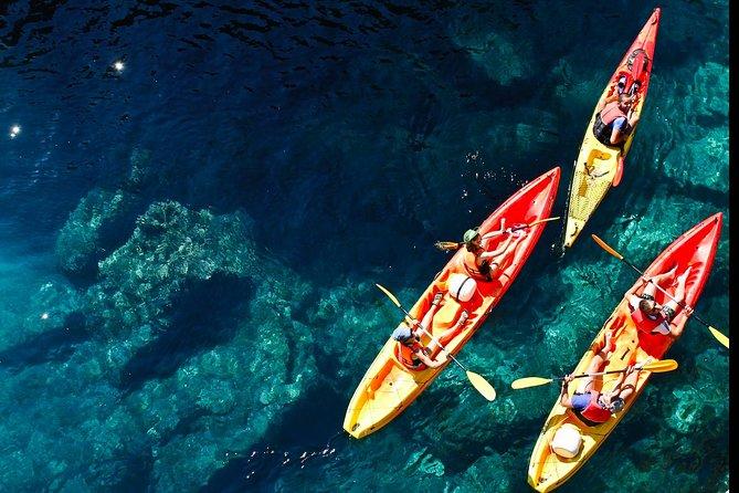 Sunset Kayaking Adventure (+ snack, water & wine)