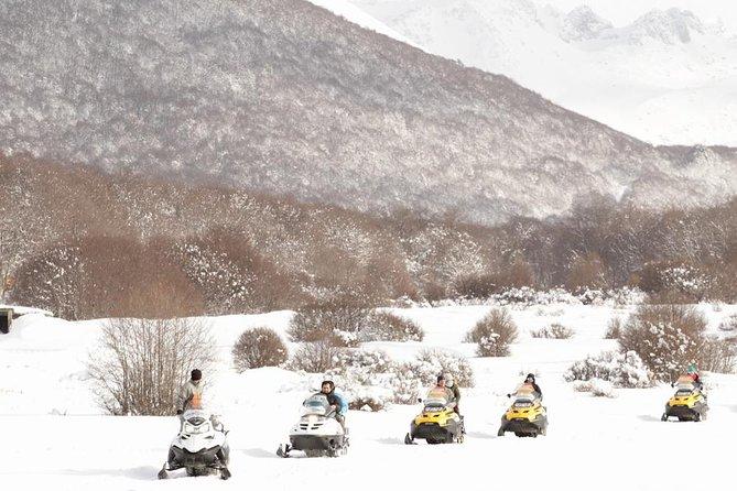 Full-Day: Nordic Ski, Snowshoes, Snowmobile, Sledding in Ushuaia Blanca