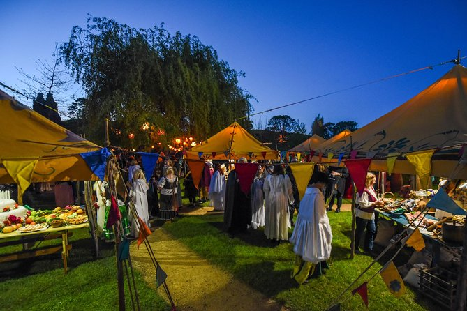Christmas Celebration at the Hobbiton - Return Trip From Auckland