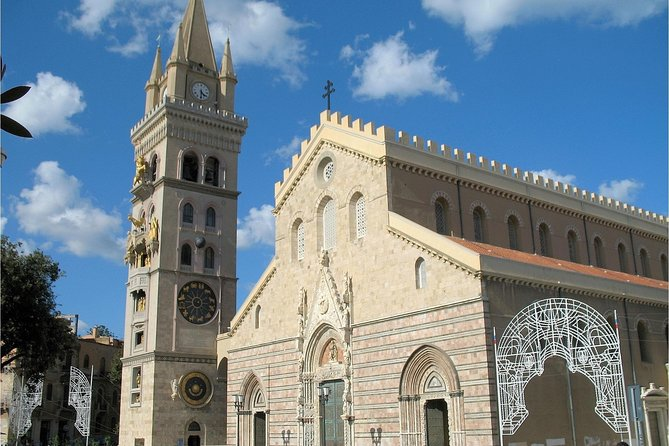 Messina Private Walking Tour with Food and Wine tasting