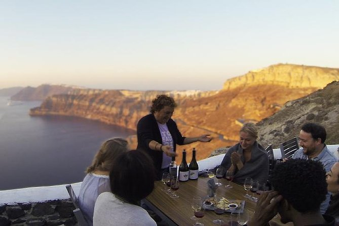 Santorini Highlights Tour with Wine Tasting from Fira (small group up to 10)