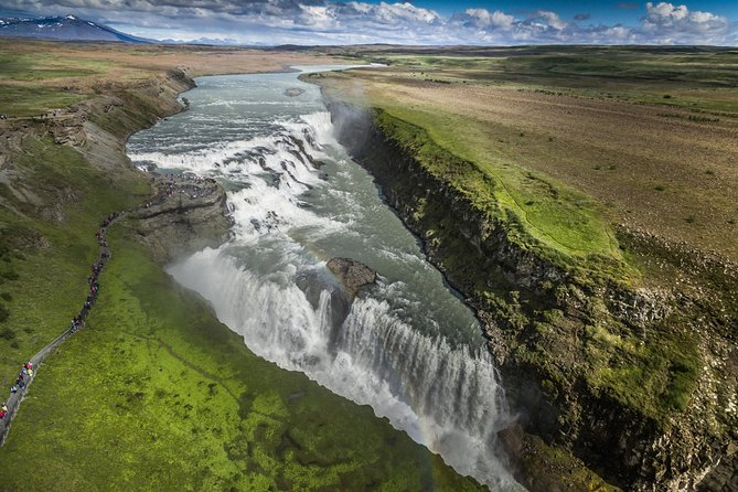 Golden Circle Express Tour Including Optional Blue Lagoon Admission from Reykjavik