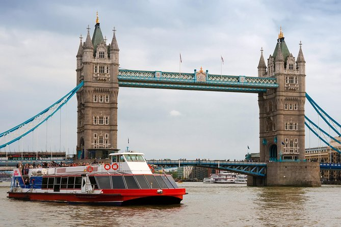 Tower of London and Thames River Sightseeing Cruise photo 8