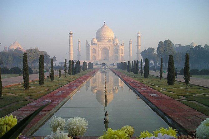 Private Guided Day Tour of Agra from New Delhi