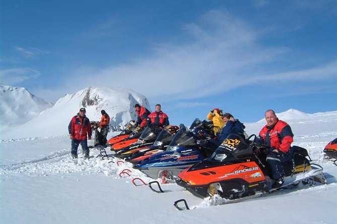 Private Golden Circle Tour with Snowmobiling on a Glacier from Reykjavik