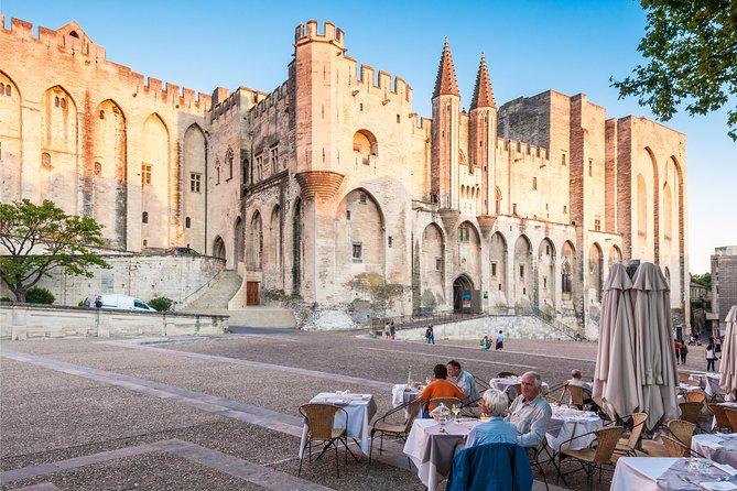 Marseille Shore Excursion: Private Tour of Avignon and Chateauneuf-du-Pape