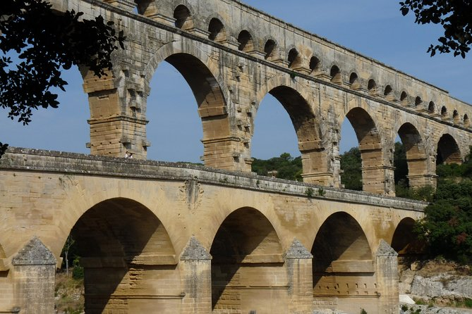 Day Trip to Provence Villages including Pont du Gard from Arles photo 1